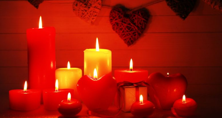 candlelight with hearts