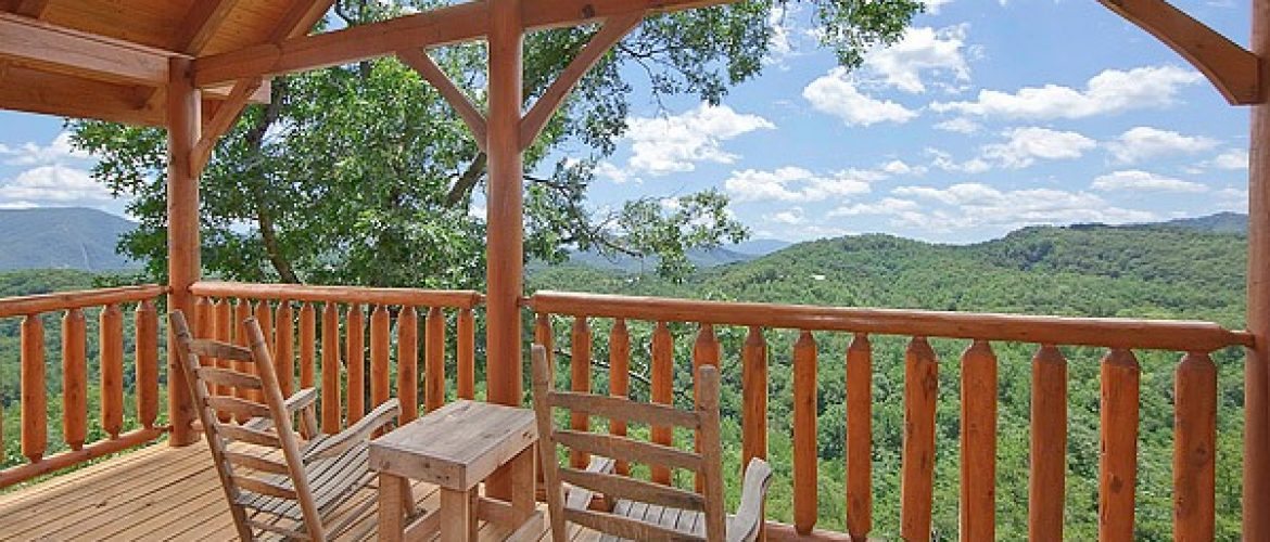 smoky mountain cabin deck with mountain view