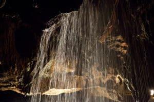 underground waterfall tuckaleechee caverns